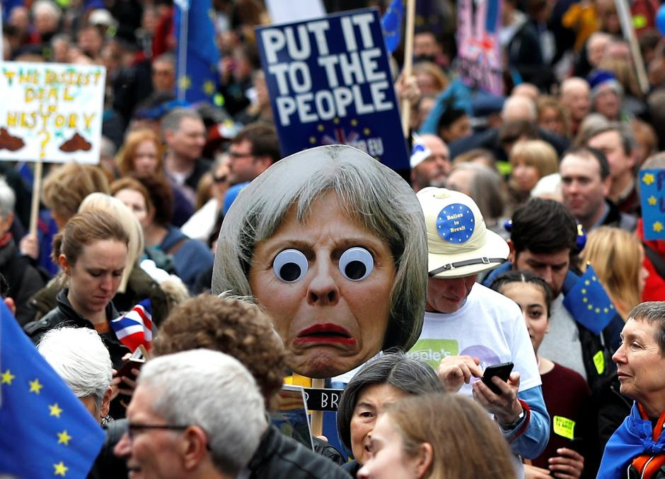 EU supporters participate in the 'People's Vote' march in central London | Autor: Peter Nicholls/REUTERS/PIXSELL/REUTERS/PIXSELL