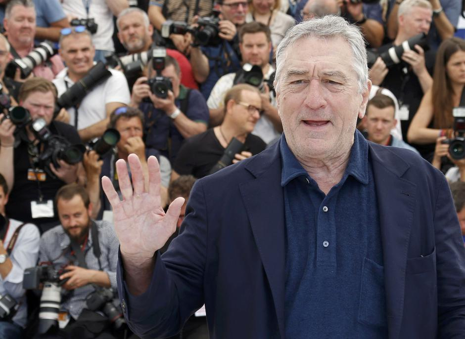 "Actor Robert De Niro poses during a photocall for the film ""Hands of stone"" out of competition at the 69th Cannes Film Festival in Cannes 