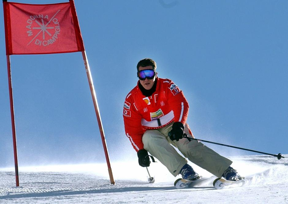 Michael Schumacher goes skiing | Autor: Oliver Multhaup/DPA/PIXSELL
