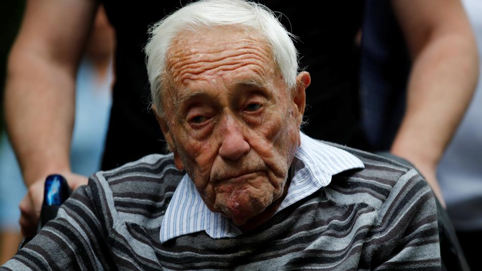 David Goodall, 104, arrives to hold a news conference a day before he intends to take his own life in assisted suicide, in Basel
