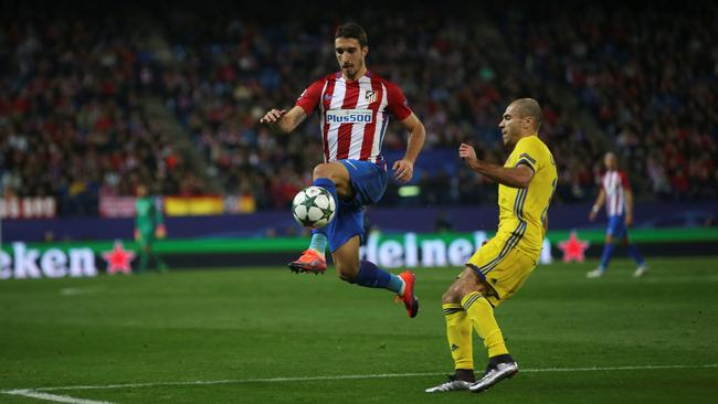 Football Soccer - Atletico Madrid v Rostov - UEFA Champions League