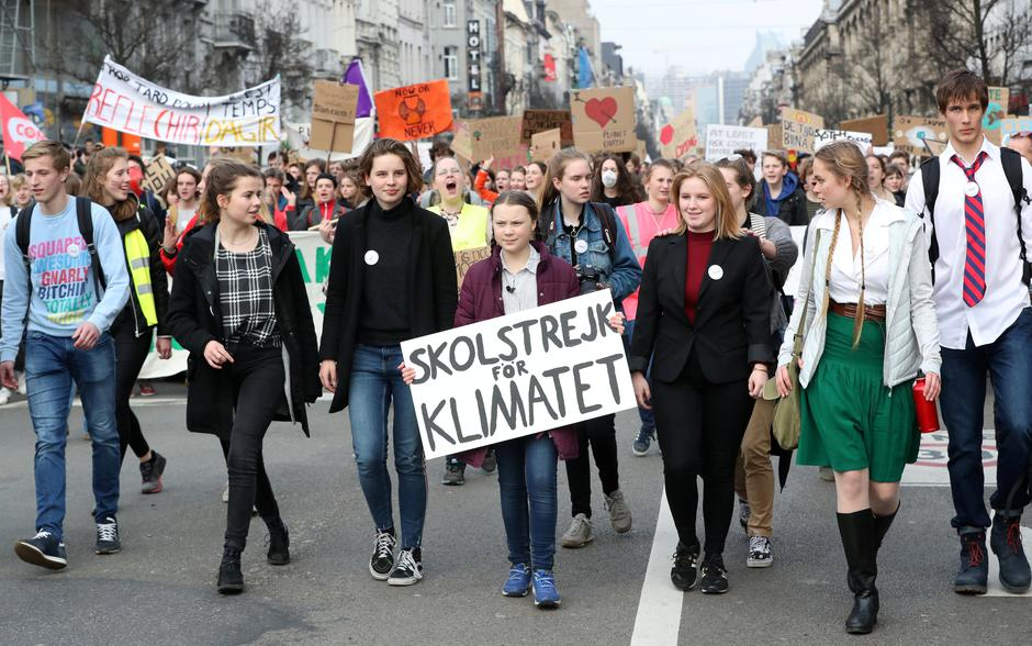 Swedish environmental activist Greta Thunberg and Anuna De Wever, a Belgian climate student activist take part in a protest claiming for urgent measures to combat climate, in central Brussels | Autor: YVES HERMAN/REUTERS/PIXSELL/REUTERS/PIXSELL