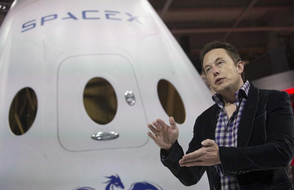 SpaceX CEO Elon Musk speaks in Hawthorne, California | Autor: Mario Anzuoni/REUTERS