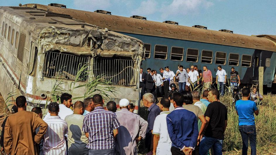 18 killed in train collision in Egypt