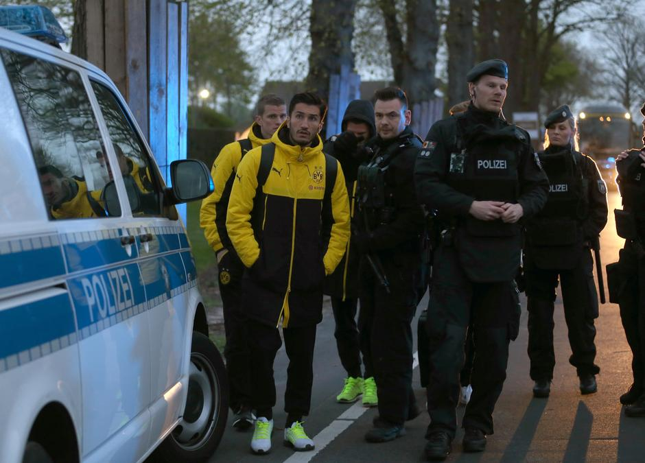 Explosions near bus carrying Borussia Dortmund squad | Autor: INA FASSBENDER/DPA/PIXSELL