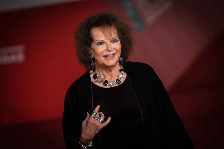 Rome, Italy. 13th Oct, 2016. Claudia Cardinale during the Film Festival, Eleventh Edition. Red carpet with Moonlight. © Andrea Ronchini/Pacific Press/Alamy Live News | Autor: Profimedia