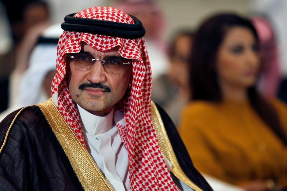 FILE PHOTO - Saudi billionaire Prince AlWaleed bin Talal looks on during a news briefing in Manama | Autor: HAMAD I MOHAMMED/REUTERS/PIXSELL/REUTERS/PIXSELL