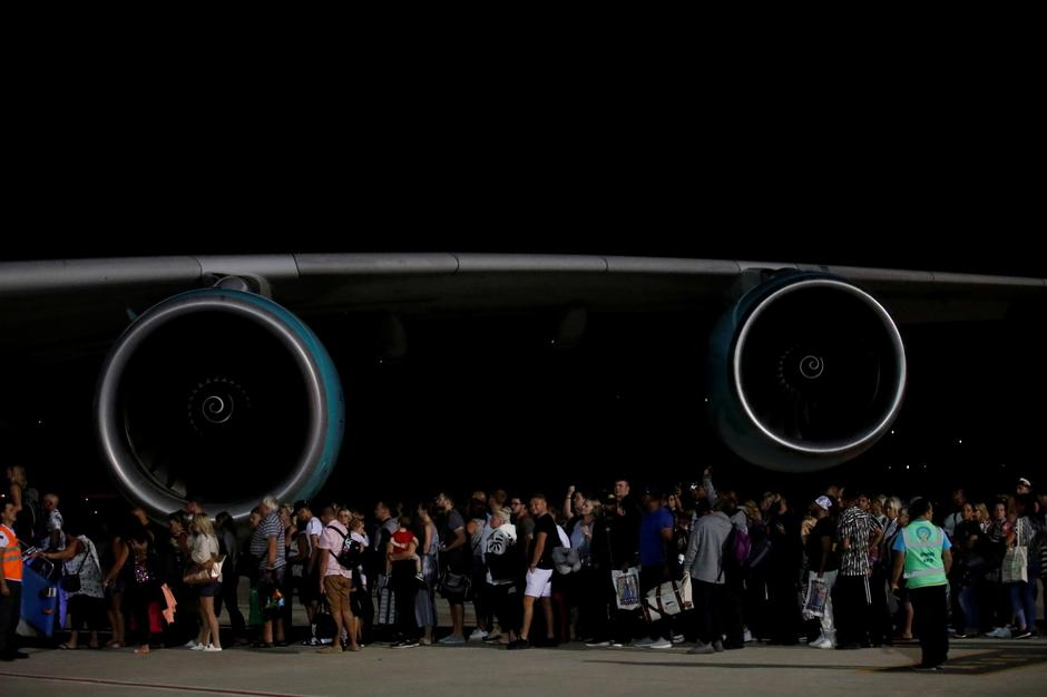 British passengers board an Airbus A380 airliner that is being used for transporting Thomas Cook customers at Dalaman Airport | Autor: UMIT BEKTAS/REUTERS/PIXSELL/REUTERS/PIXSELL