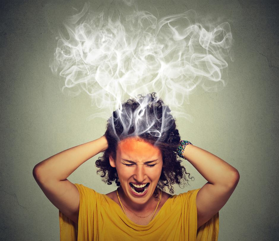 stressed woman screaming frustrated thinking too hard steam coming out of head | Autor: