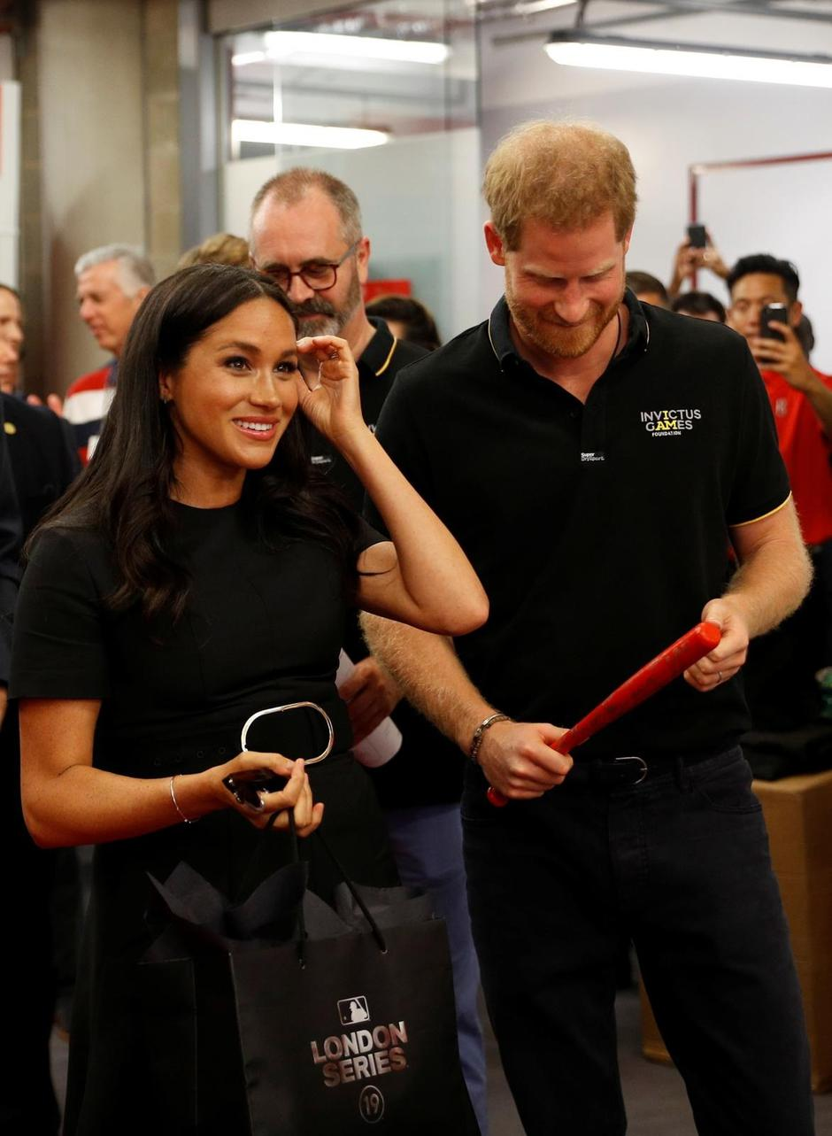 Britain's Prince Harry and Meghan, Duchess of Sussex attend the Boston Red Sox v New York Yankees match in London | Autor: Peter Nicholls/REUTERS/PIXSELL/REUTERS/PIXSELL