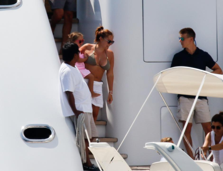Exclusive pictures: Boat day for Tamara Ecclestone during her holiday in Ibiza | Autor: Profimedia