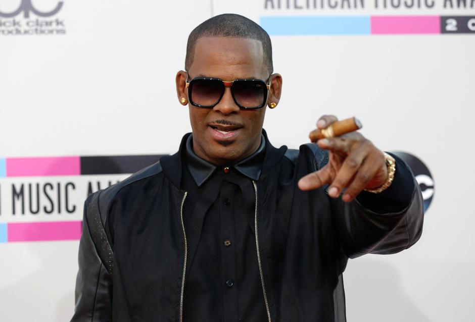 FILE PHOTO: Singer R. Kelly arrives at the 41st American Music Awards in Los Angeles | Autor: MARIO ANZUONI/REUTERS/PIXSELL/REUTERS/PIXSELL