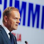 Donald Tusk addresses reporters in Ulaanbaatar