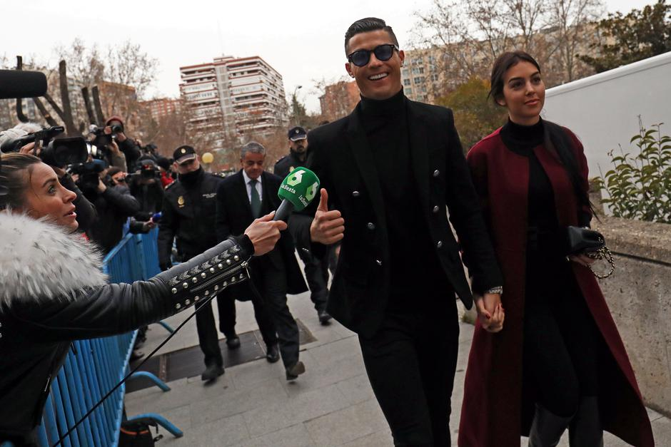 Portugal's soccer player Cristiano Ronaldo arrives to appear in court on a trial for tax fraud in Madrid | Autor: SUSANA VERA/REUTERS/PIXSELL/REUTERS/PIXSELL