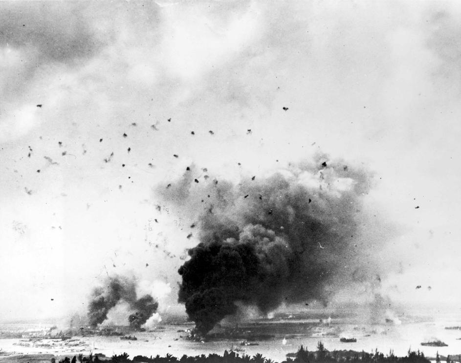 the background of the pearl harbor attack in 1941 Pearl harbor attack, 1941 uss arizona and pearl harbor remembered - pictures and background video of the japanese attack on pearl harbor on december 7, 1941.