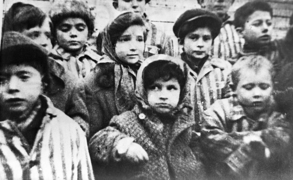 Children liberated from the Auschwitz camp | Autor: Profimedia