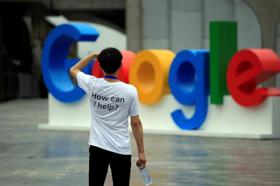 A Google sign is seen during the WAIC (World Artificial Intelligence Conference) in Shanghai | Autor: ALY SONG/REUTERS/PIXSELL/REUTERS/PIXSELL