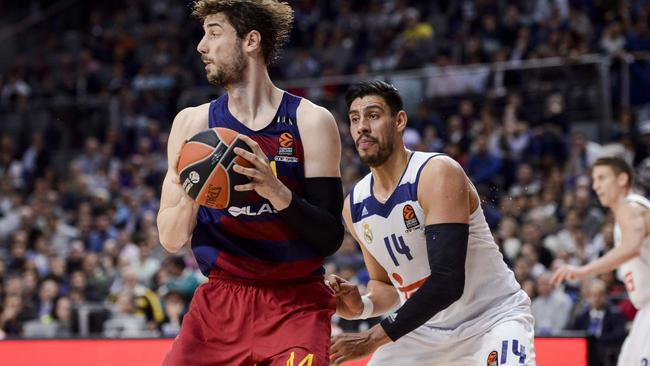 TURKISH AIRLINES EUROLEAGUE. REAL MADRID v FC BARCELONA LASSA