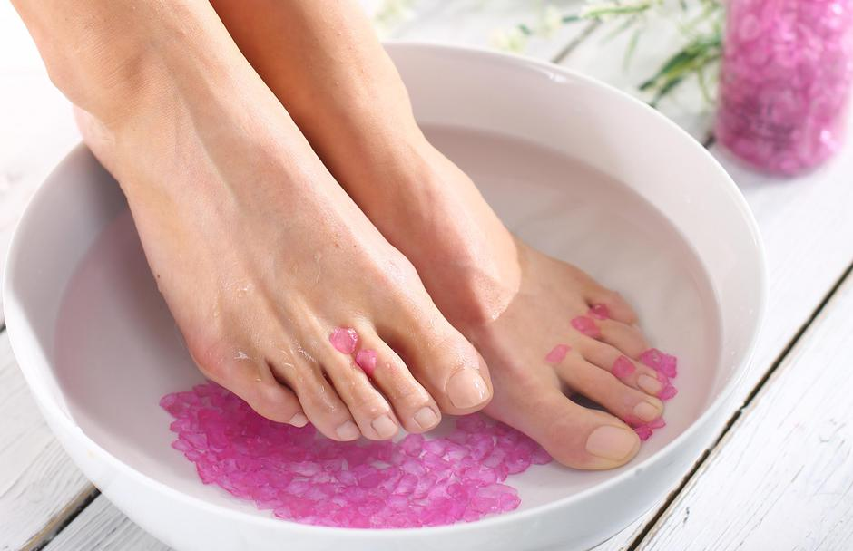 Therapeutic foot bath | Autor: gajatex 2