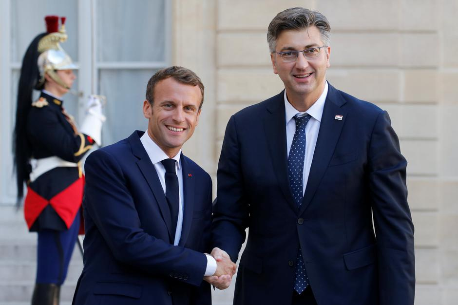 French President Emmanuel Macron welcomes Croatian Prime Minister Andrej Plenkovic at the Elysee Palace in Paris | Autor: PASCAL ROSSIGNOL/REUTERS/PIXSELL/REUTERS/PIXSELL