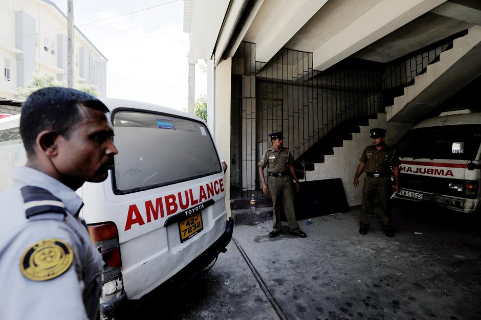 A police ambulance carrying casualties enters the police mortuary in Colombo | Autor: DINUKA LIYANAWATTE/REUTERS/PIXSELL/REUTERS/PIXSELL