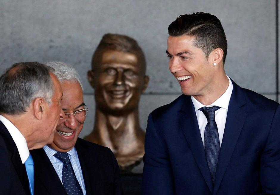 Real Madrid forward Cristiano Ronaldo attends the ceremony to rename Funchal airport as Cristiano Ronaldo Airport in Funchal | Autor: RAFAEL MARCHANTE