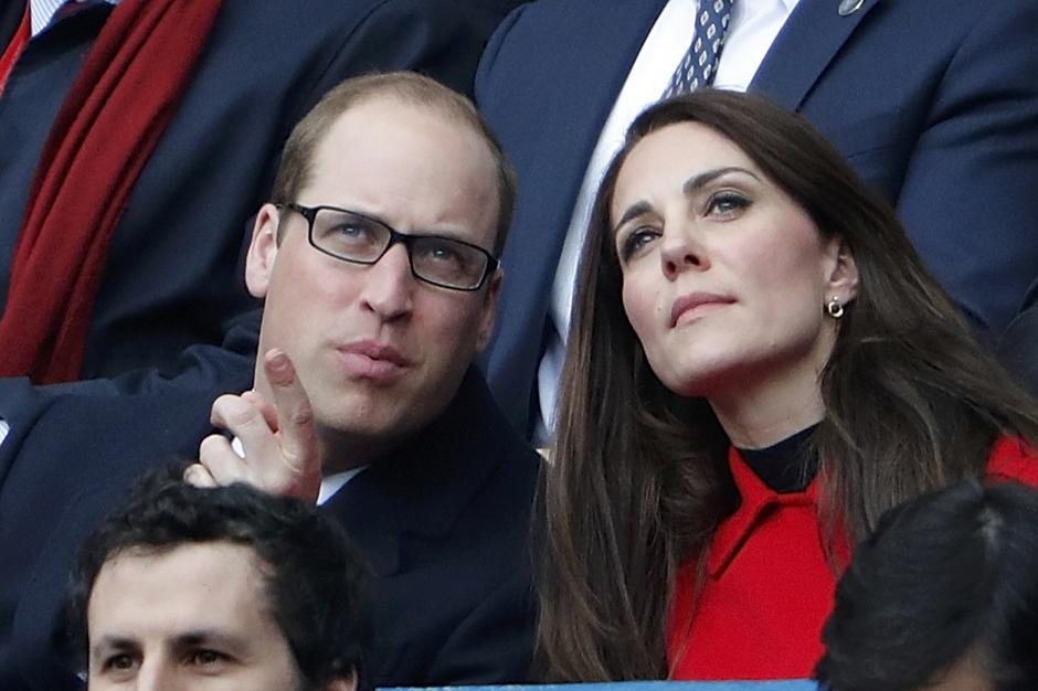 Britain's Catherine the Duchess of Cambridge and Prince William attend the Six Nations Championship match between France and Wales at the Stade de France stadium in Saint-Denis near Paris | Autor: CHARLES PLATIAU/REUTERS/PIXSELL/REUTERS/PIXSELL