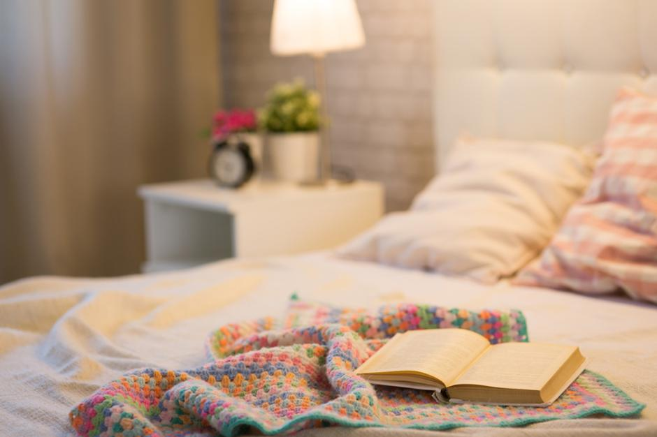 Book on the bed  | Autor: