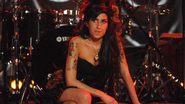 Amy Winehouse Grammy performance, Riverside Studios, London, Britain - 10 Feb 2008