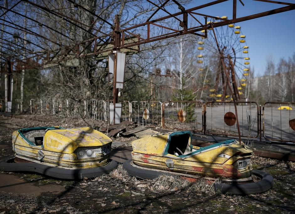 A view of an amusement park in the centre of the abandoned town of Pripyat near the Chernobyl nuclear power plant | Autor: GLEB GARANICH