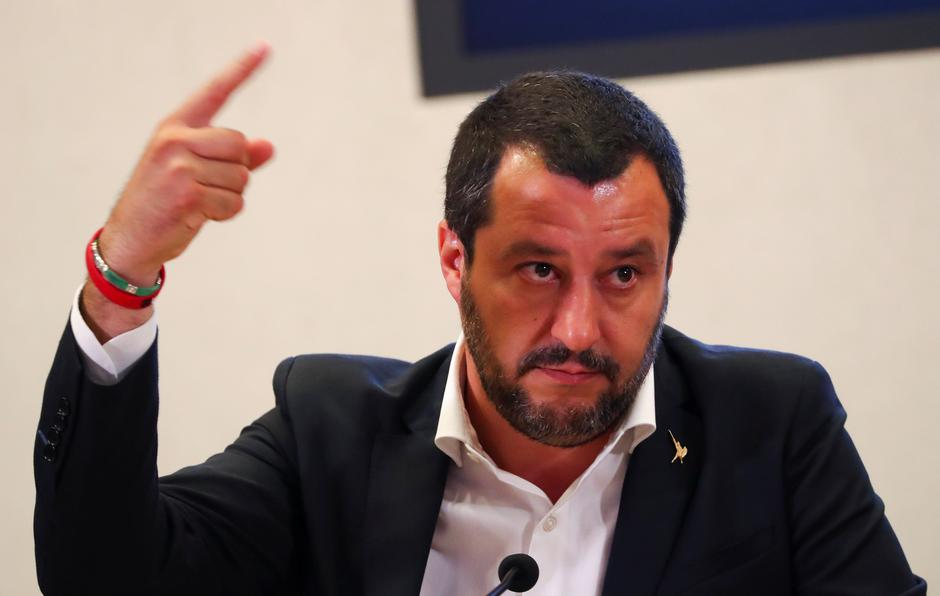 Italian Interior Minister Matteo Salvini gestures during a news conference with Libyan Deputy Prime Minister Ahmed Maiteeg in Rome | Autor: TONY GENTILE/REUTERS/PIXSELL/REUTERS/PIXSELL