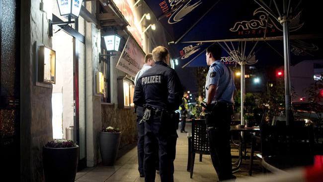 Two dead bodies in restaurant in Cologne