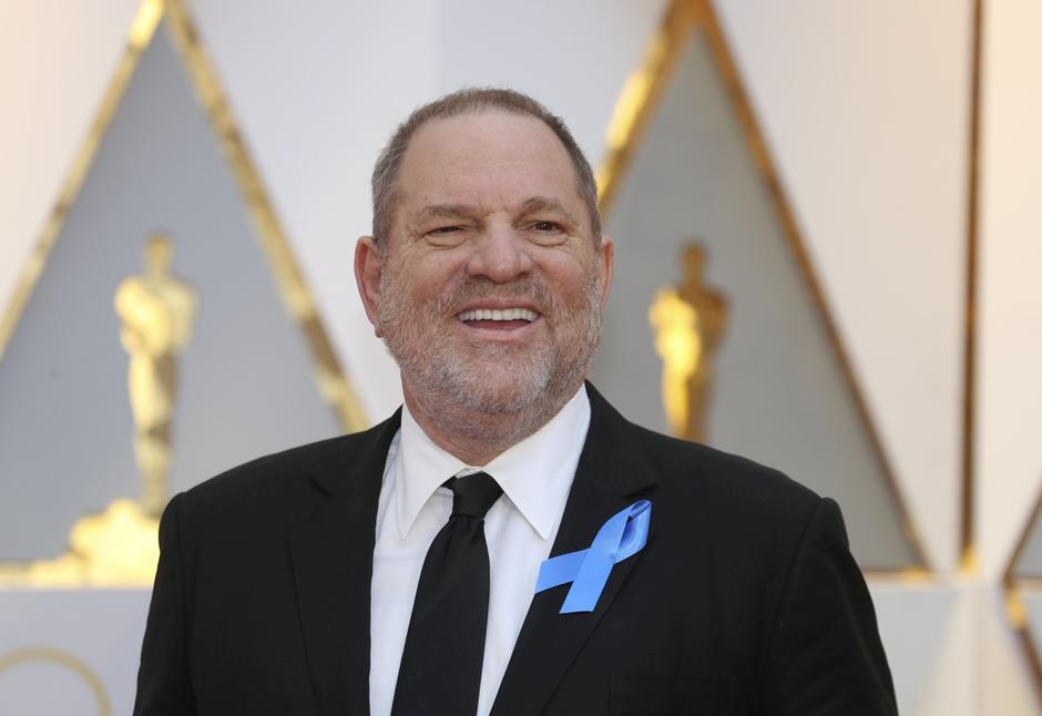 FILE PHOTO: Harvey Weinstein poses on the Red Carpet after arriving at the 89th Academy Awards in Hollywood | Autor: MIKE BLAKE/REUTERS/PIXSELL/REUTERS/PIXSELL