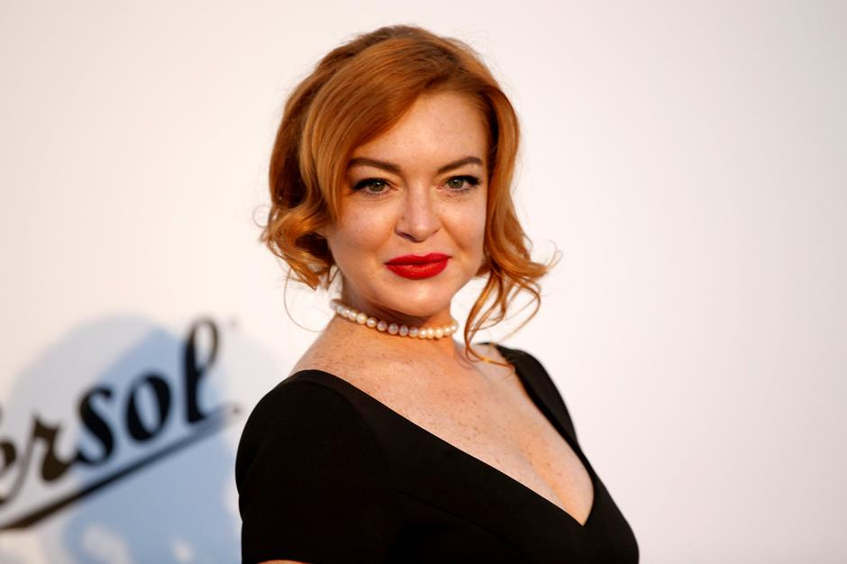 FILE PHOTO: Lindsay Lohan poses upon arrival at the 70th Cannes Film Festival The amfAR's Cinema Against AIDS 2017 event in Antibes | Autor: STEPHANE MAHE/REUTERS/PIXSELL/REUTERS/PIXSELL
