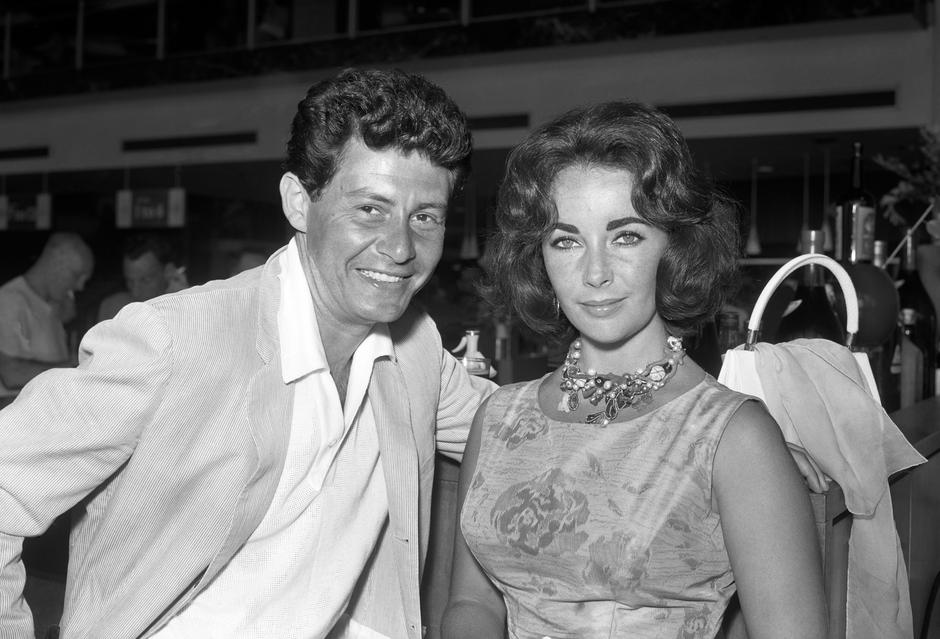 Eddie Fisher and Elizabeth Taylor - London Airport | Autor: PA/Press Association/PIXSELL