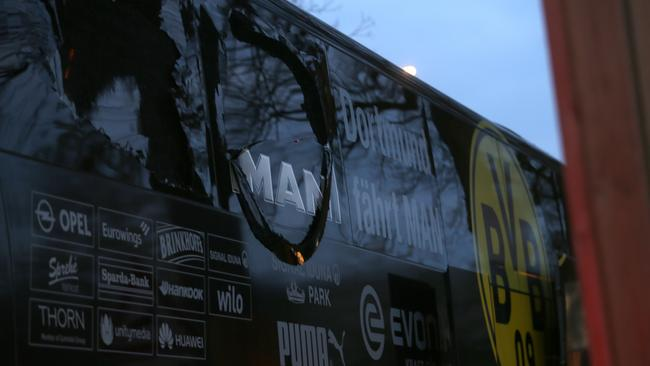Explosions near bus carrying Borussia Dortmund squad