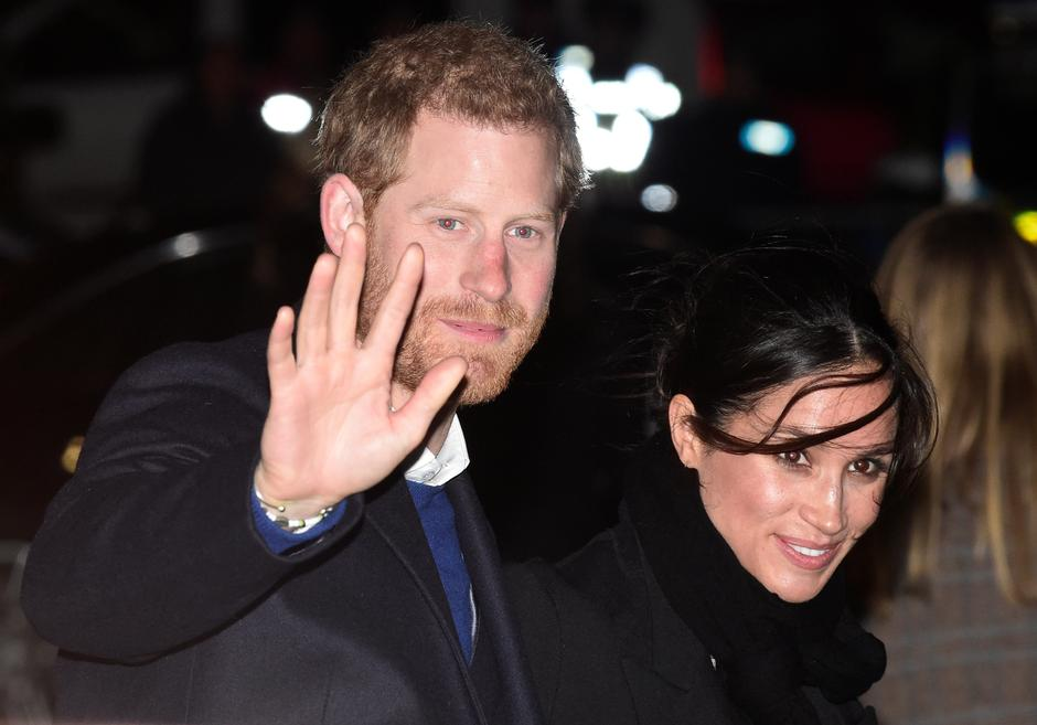 Britain's Prince Harry and his fiancee Meghan Markle leave Star Hub, a community and leisure centre, in Cardiff | Autor: Rebecca Naden/REUTERS/PIXSELL/REUTERS/PIXSELL