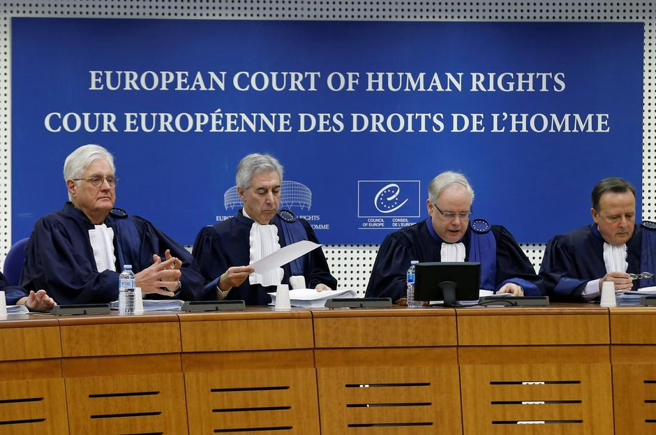 FILE PHOTO: Judges of the European Court of Human Rights sit in the courtroom at the start of an hearing concerning the case of Vincent Lambert in Strasbourg | Autor: VINCENT KESSLER/REUTERS/PIXSELL/REUTERS/PIXSELL